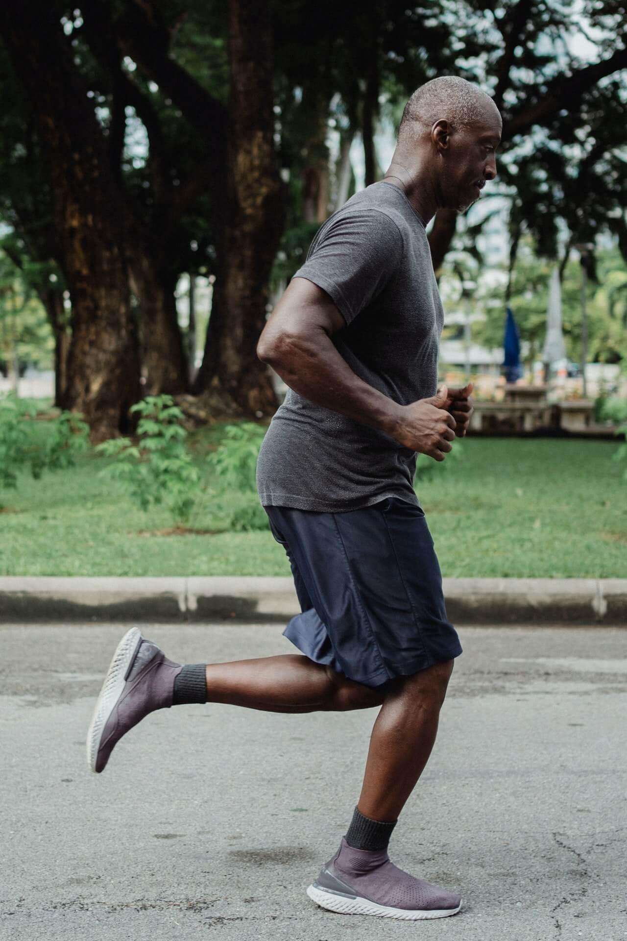¿Puede el running reducir el dolor de espalda?